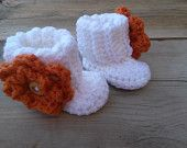 Crochet Baby Booties w/ Detachable Flower