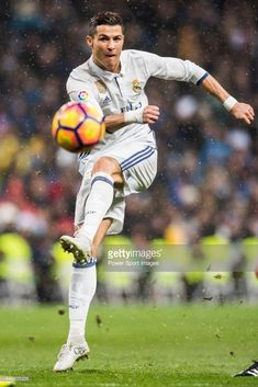 Cristiano Ronaldo of Real Madrid in action during their La Liga match between Real Madrid and Real Sociedad at the Santiago Bernabeu Stadium on 29 January 2017 in Madrid, Spain. Real Madrid Football Club, Real Madrid Soccer, Ronaldo Real Madrid, Soccer Memes, Football Memes, Ronaldo Hd Images, Juventus Wallpapers, Portugal National Team, Juventus Players