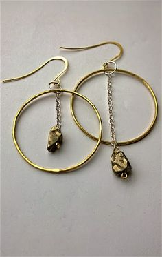 COLUNGA hammered brass hoop earrings with asymetric hematite.