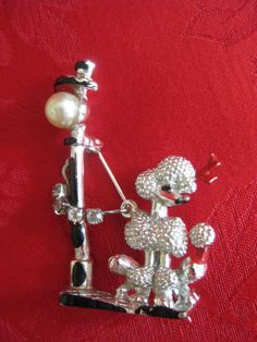 Vintage Poodle with Pearl Streetligh and by VintageByThePound, $18.00