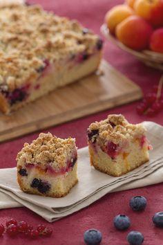La #crumbcake con #frutti #estivi è un semplice dessert d'effetto, che grazie…