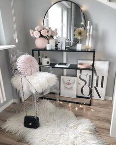 fashion, pink lips DIY Makeup Room Ideas, Organizer, Storage and Decorating Glam Bedroom, Girls Bedroom, Bedroom Ideas, Bedrooms, Fashion Bedroom, Fashion Decor, Design Bedroom, 1980s Bedroom, Earthy Bedroom