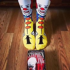 Who wants those Pennywise socks? There are 5 pairs left on the @spencers website!  >>> http://ift.tt/2prJXxw Picture by @deedle85 #pennywise #stephenking #fashionswag #socks #itmovie #itmovie2017