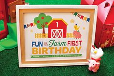 Free prints! Cute farm ideas   Hostess with the Mostess: First Birthday Party Ideas & DIY Projects | Fisher-Price