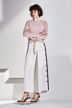 Max Mara Resort 2018 Fashion Show Collection
