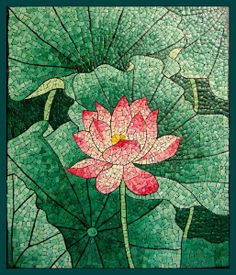 Lotus eggshell mosaic - inspiration - almost a stained glass effect - #eggshell #mosaic - pb†å