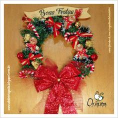 .: Atelier Oruguita Arteira :. Guirlanda Natalina #navidad, #natal, #cartonagem, #craquele, #feltro, #felt, #craft, #handmade, #christmas, #xmas, #nativity, #yule, #noel, #gingerbread, #garland, #artesanato, #feitoamão