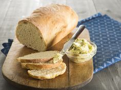 bread with flavoured butter No need for complex recipes, use only five ingredients to make delicious home-baked bread. One Loaf Bread Recipe, Bread Recipes, Cooking Recipes, Flavored Butter, South African Recipes, Five Ingredients, Bread And Pastries, Easy Bread, Healthy Treats