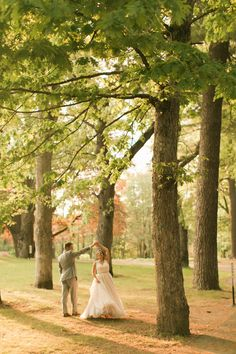 Dancing in the woods at Elm Bank. Photography: Meghann Gregory Photography - meghanngregory.com   Read More on SMP: http://www.stylemepretty.com/2016/11/23/mass-horticultural-society-wedding/
