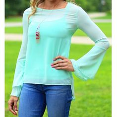 Stylish Scoop Neck Lace Spliced Backless Two-Piece Flare Sleeve Blouse For Women (GREEN,XL) in Blouses | DressLily.com