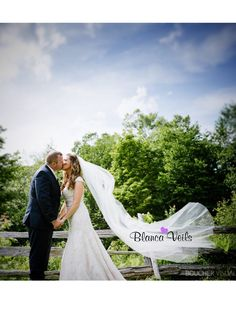 This site will make you a custom wedding veil for cheap!! I LOVE THIS!!! Veils are too expensive in bridal shops..
