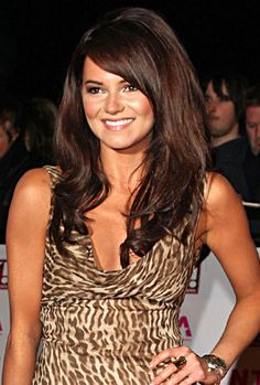 Kara Tointon slenderizes the look of her round shaped face with her beautiful long hair. Hairstyles shoulder length and longer with layers elongate the look of your face, toning down the roundness of your cheeks.