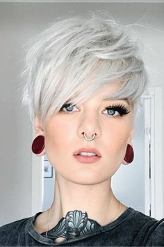 Amazing short pixie hairstyles for women in 2019 new site Pixie Haircut For Thick Hair Amazing hairstyles Pixie short site Women Haircut Styles For Women, Short Haircut Styles, Short Hair Cuts For Women, Short Hairstyles For Women, Funky Short Hair Styles, Style Short Hair Pixie, Super Short Pixie, Curly Pixie, Amazing Hairstyles