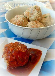 A Feast for the Eyes: Bavarian Semmel Knödel (Bread Dumplings) #oktoberfest recipes #oktoberfest food