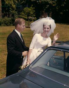 Chic Vintage 1960s Bride