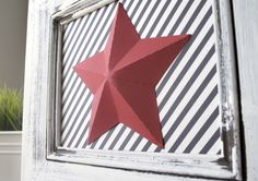 This project is done with a paper star, but it could be done with metal stars. I would like to do a couple metal stars in frames and a couple plain, on the wall.