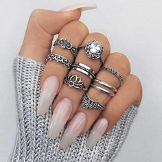 33 Glamorous Finger Nail Art & Designs - The Pretty Queen Nail Jewelry, Cute Jewelry, Jewlery, Pretty Nail Designs, Nail Art Designs, Tumblr Nail Art, Nail Design Video, Nail Ring, Nail Nail
