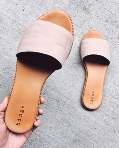 Shoes for round one of sorority recruitment Shoes Flats Sandals, Sandals Outfit, Shoe Boots, Pretty Shoes, Cute Shoes, Me Too Shoes, Trendy Sandals, Cute Sandals, Dream Shoes
