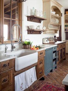 Plate rack cabinet idea