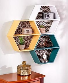 7 Creative Cool Tricks: Vintage Home Decor Retro Shabby Chic vintage home decor store wall art.Vintage Home Decor Cozy vintage home decor on a budget mason jars.Vintage Home Decor Store Shelves. Retro Home Decor, Easy Home Decor, Honeycomb Shelves, Hexagon Shelves, Cardboard Crafts, Décor Boho, Mason Jar Crafts, Accent Decor, Wall Decor