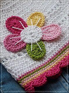 Kouzlo mého domova: Háčkovaná jednoduchá květina