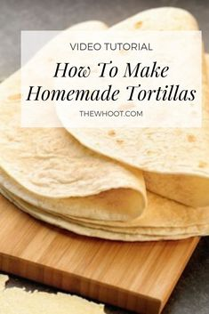 This Tortilla Homemade Recipe uses 4 ingredients and is quick and easy. Use them for Burritos and Tacos, they are delicious. Bread Dough Recipe, Bread Maker Recipes, Best Bread Recipe, Easy Tortilla Recipe, Tortilla Bread, Recipes With Flour Tortillas, Homemade Flour Tortillas, Mexican Cooking, Mexican Food Recipes