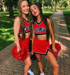Updates from CreativePreset on Etsy - College-Look Cheerleading Workouts, College Cheerleading, Cheerleading Uniforms, Cheer Stunts, Cheer Team Pictures, Cheerleading Pictures, Volleyball Pictures, Softball Pictures, Cheer Picture Poses