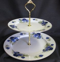2 Tier Summertime Blue Bone China Cake Stand - Cake Stands Dessert Plates - Roses And Teacups Tiered Dessert Stand, 2 Tier Cake Stand, Tiered Cake Stands, Metal Cake Stand, Dessert Aux Fruits, Tiered Stand, Dessert Buffet, Cupcake Stands, Dessert Plates