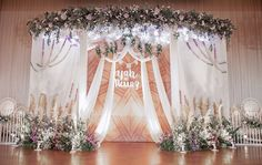 #weddingdecoration #backdrop #design #weddingplanner #decor #weddingdesign #jenivaweddingplanner #jenivadesign #decorator #decoration #flowerdesign #thailandweddingdecorator ##dreamcatcher