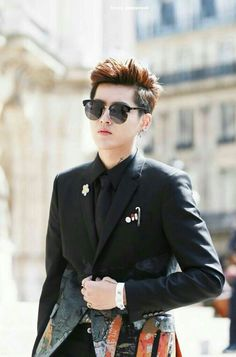 The first daddy of EXO Kris !