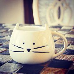 Kaserol sizin için en güzel tasarımları araştırıyor. Bu güzel kupadan kim kahve içmek istemez ki  #kaserol #kupa #mug #kahve #coffee #coffeemug #coffeelover