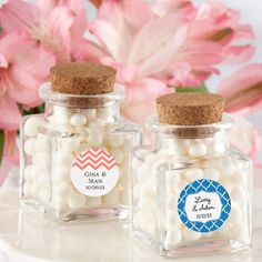 These practical and adorable personalized glass favor jars are perfect for your next big event. Fill these adorable jars to the brim with your favorite sweets and give as wedding favors, baby shower favors or birthday party favors. Wedding Favour Jars, Wedding Shower Favors, Best Wedding Favors, Wedding Ideas, Wedding Souvenir, Diy Wedding, Rustic Wedding, Wedding Planning, Dream Wedding