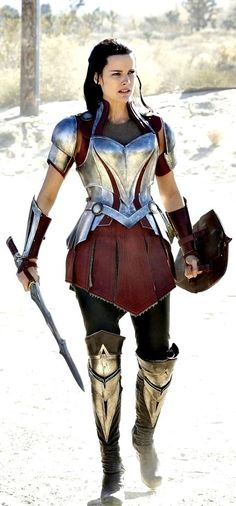 Armor- take this idea and push it just a bit farther into sailor moon territory Um, hello that is Lady Sif. Medieval Combat, Medieval Armor, Medieval Fantasy, Armadura Medieval, Warrior Girl, Warrior Princess, Warrior Women, Warrior Fashion, Greek Warrior