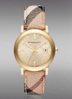 Beautiful burberry watch... I love it! I want it! -Cathlyn