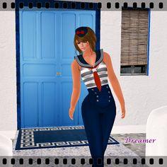 Dreamer's Virtual World: Marine Girl