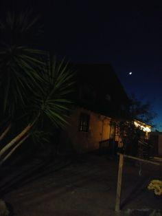 Noche con Luna nueva en el rancho