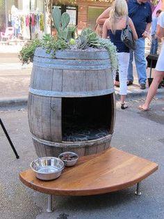 pinterest outdoor cat house ideas | Great idea for an outdoor dog/cat house... when I get ... | Garden Id ...