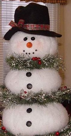 Easy Christmas Decorations, Christmas Centerpieces, Christmas Wreaths, Christmas Crafts, Holiday Decor, Silver Christmas, Simple Christmas, Snowmen, Blue And Silver