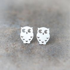 Cute Owl Earrings in Silver $15.00 at Laonato...Want these!!  Fantastic shop with lots of simple beautiful jewelry items at incredibly reasonable prices!