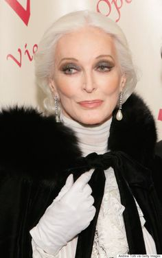 Fashion mature woman advanced style aging gracefully 45 Ideas - Best Picture For Advanced Style couple For Your Taste You are looki Carmen Dell'orefice, Beautiful Old Woman, Drop Dead Gorgeous, Older Models, Advanced Style, Ageless Beauty, Aging Gracefully, Twiggy, Silver Hair