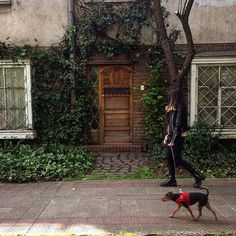 Reposting @sebalegriam: Una de mis fav 💕 . . . . . #street #streetphotography #photography #fashion #streetstyle #art #city #style #urban #photo #travel #streetart #architecture #photographer #ootd