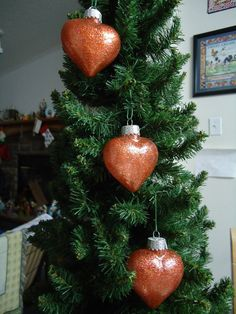 Set of 3 Orange Glass Heart Christmas Tree by CraftsbyCummins