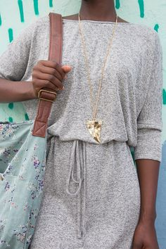 Old Khaki grey knit dress, floral handbag, gold pendant. Grey Knit Dress, Summer Looks, Gold Pendant, Must Haves, Knitting, My Style, Floral, Clothing, Closet