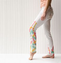 Add color to your jeans with silk scarves and this tutorial by Elizabeth Farr inside Altered Couture.
