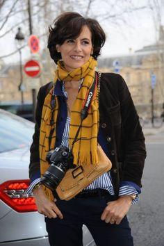 Inés de la Fressange vs. Caroline de Maigret Caroline de Maigret publica How to Be Parisian Wherever You Are | telva.com