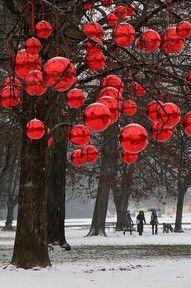 Decoración de árbol de navidad gigante