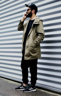 black fleece pants and sweater / army parka Men Street, Street Wear, Style Streetwear, Mode Man, Outfits Hombre, Look Street Style, Mein Style, Urban Fashion, Fashion Sale