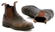 Blundstone 067 Chisel Toe Brown Stout is a boot that goes with everything, formal to casual, and never misses a step. Oil-rubbed to shed scuffs and clean up eas Leather Men, Leather Boots, Brown Leather, Unisex Fashion, Mens Fashion, Blundstone Boots, Biker Wear, Dress With Boots, Men S Shoes