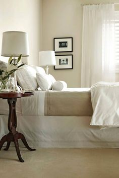 Traditional Bedroom guest bedroom Design Ideas, Pictures, Remodel and Decor Design Your Bedroom, Home Decor Bedroom, Master Bedroom, Bedroom Ideas, Master Suite, Calm Bedroom, Airy Bedroom, Serene Bedroom, Light Bedroom