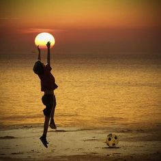 Catching the sunset. Forced perspective